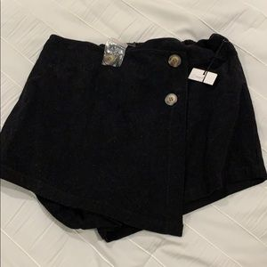 Cotton Candy LA black corduroy skirt size large